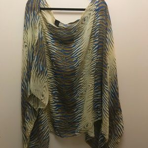 Tops - Elegant shawl. One size